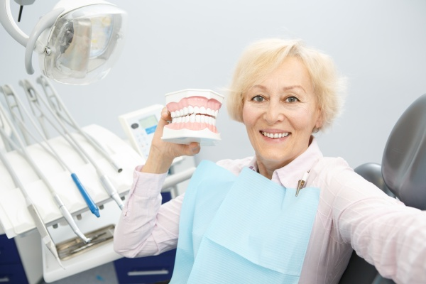 How Long Does It Take For A General Dentist To Make Dentures?